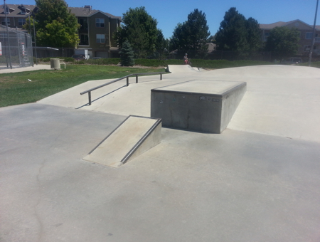 Wedge ramp to ledge and short rail